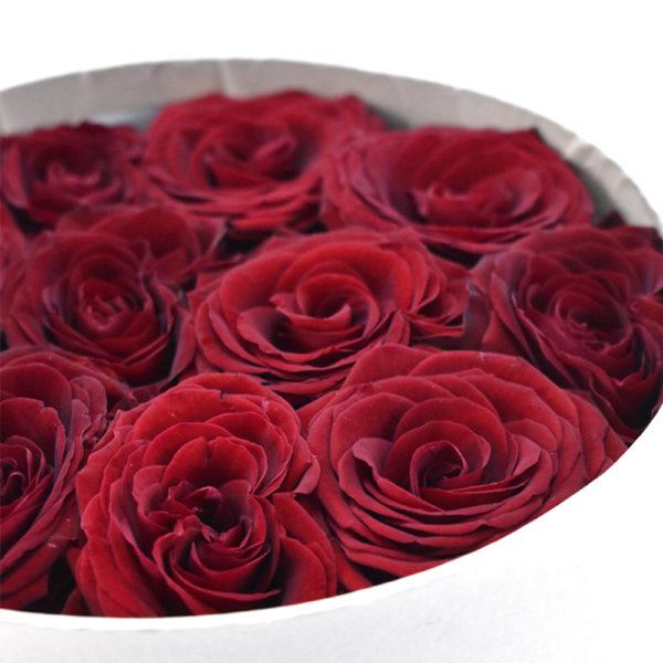 Κουτί στρογγυλό με τριαντάφυλλα