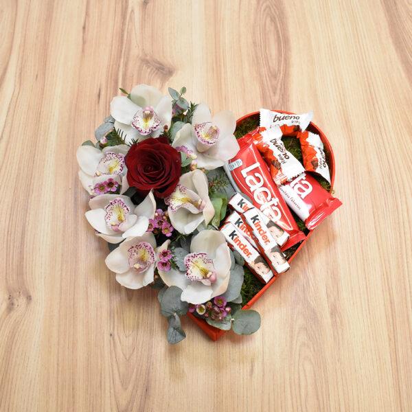Καρδιά με ορχιδέες και σοκολάτες