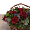 Καλάθι κόκκινα τριαντάφυλλα